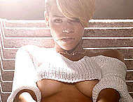 Rihanna in lingeries & shows almost nude tits