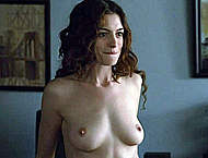 Anne Hathaway naked in Love and other Drugs