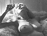 Young Madonna black-&-white sexy and nude pix